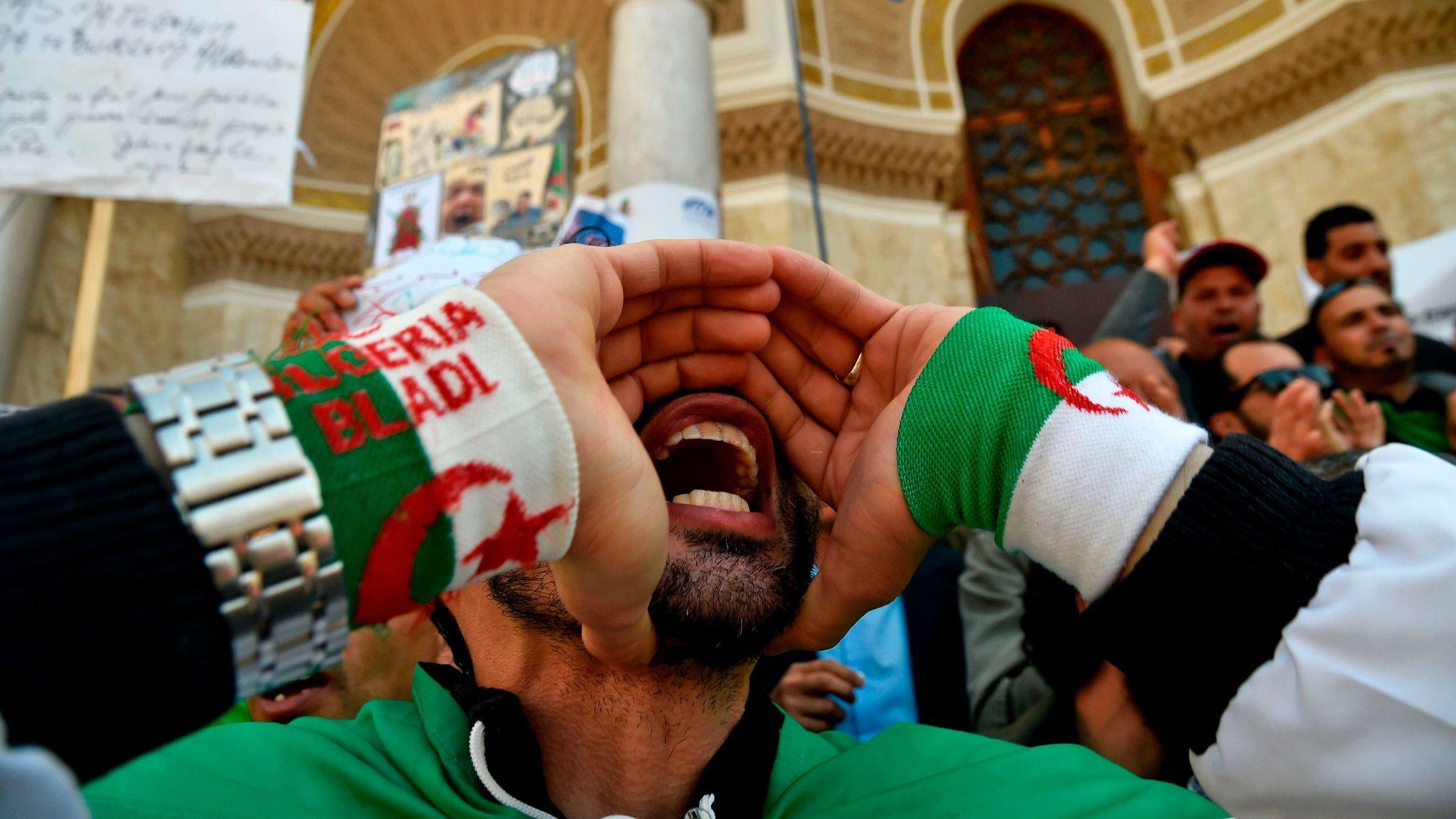 لم تمنع الوعود التي قطعها الرئيس الجزائري الجديد عبد المجيد تبون استمرار الجزائريين بالتظاهر
