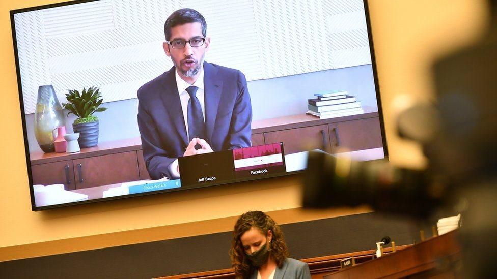 """ردًا على مزاعم قيام غوغل بسرقة محتوى، قال رئيس الشركة ساندر بيتشاي إن غوغل تلتزم بـ """"أعلى المعايير"""""""