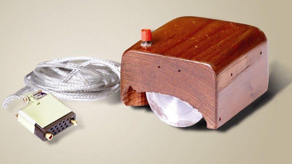 طور بيل أول نماذجه لفأة الكمبيوتر في بداية حقبة الستينيات