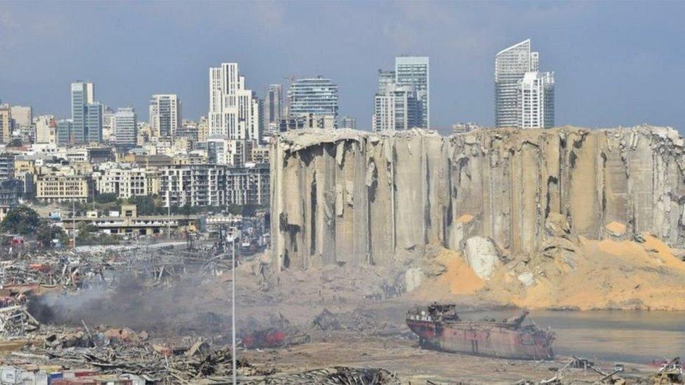 الانفجار دمر المناطق المحيطة بالمرفأ