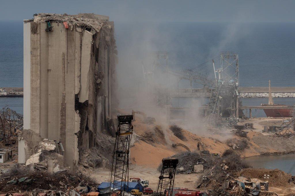 الصورة تظهر جزءا مدمرا من مرفأ بيروت، 13 أغسطس/آب 2020
