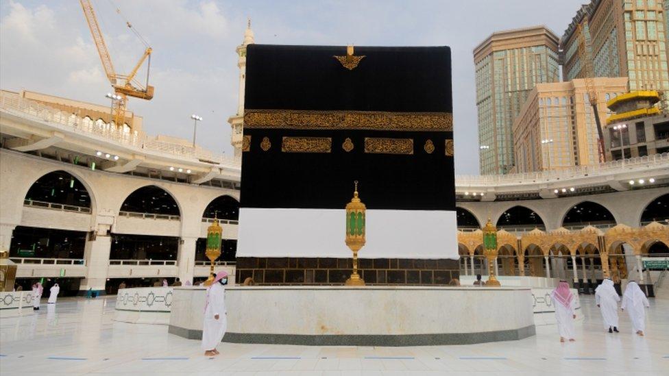 نظمت السلطات السعودية هذا العام موسم حج استثنائي بسبب كورونا