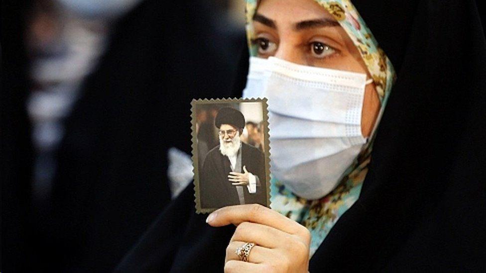 للمرشد الأعلى آية الله خامنئي القول الفصل في برنامج إيران النووي