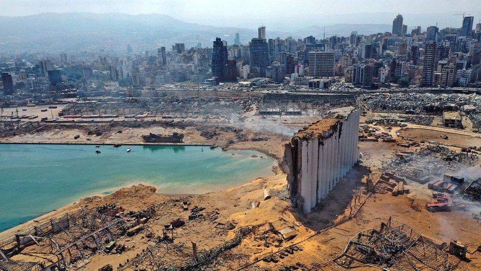 بيروت بعد أيام على الإنفجار